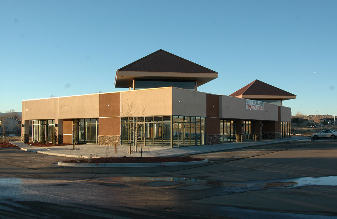 Creekside Retail Center