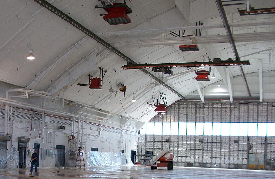 Hangar 801